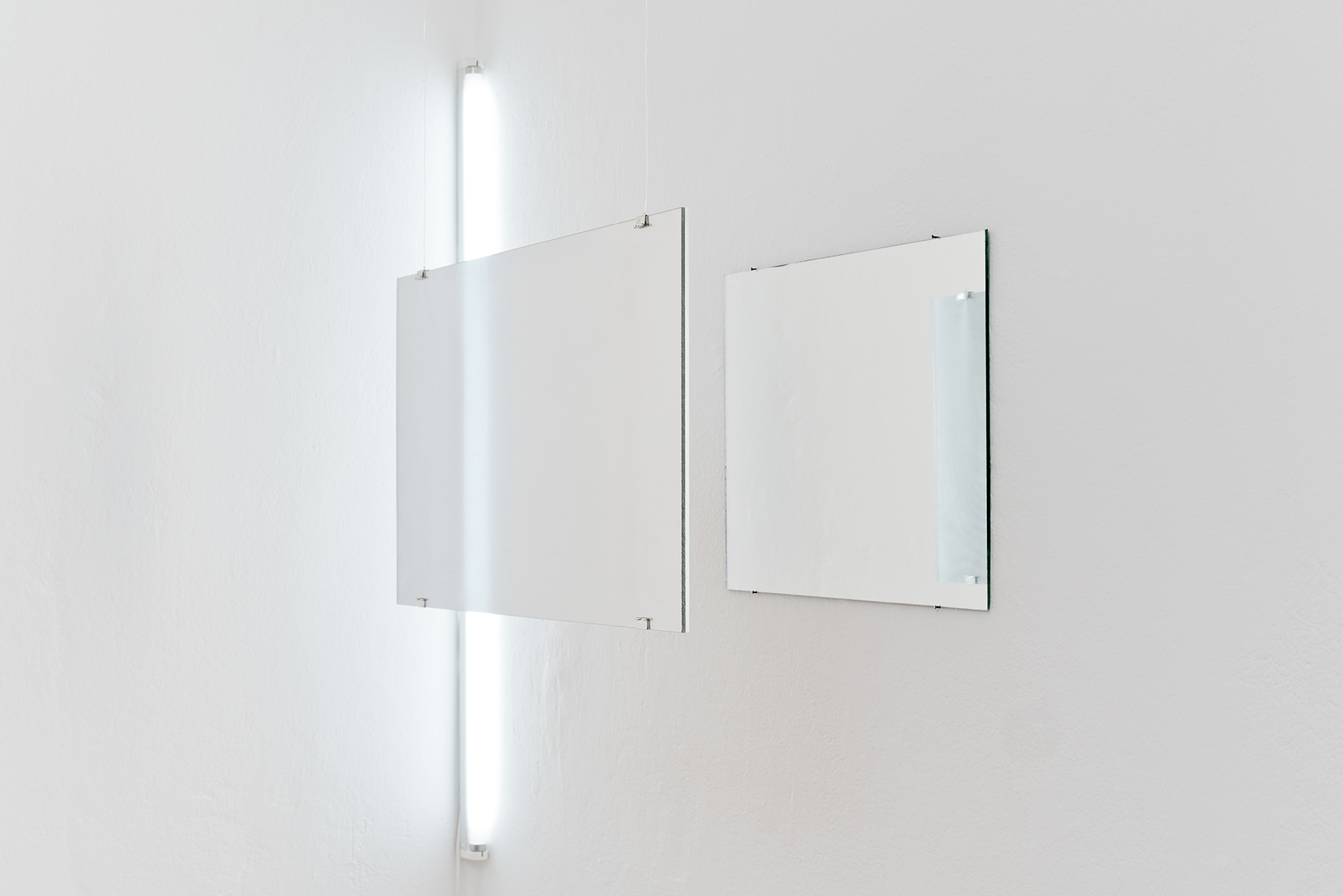 MIRRORED WALL AFTER BRUNELLESCHI (NACRE), 2018